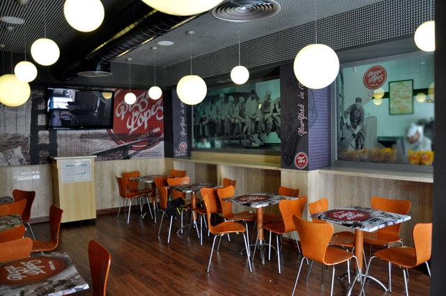 decoracion de salones vinilo cristal paredes Garaje Grafico